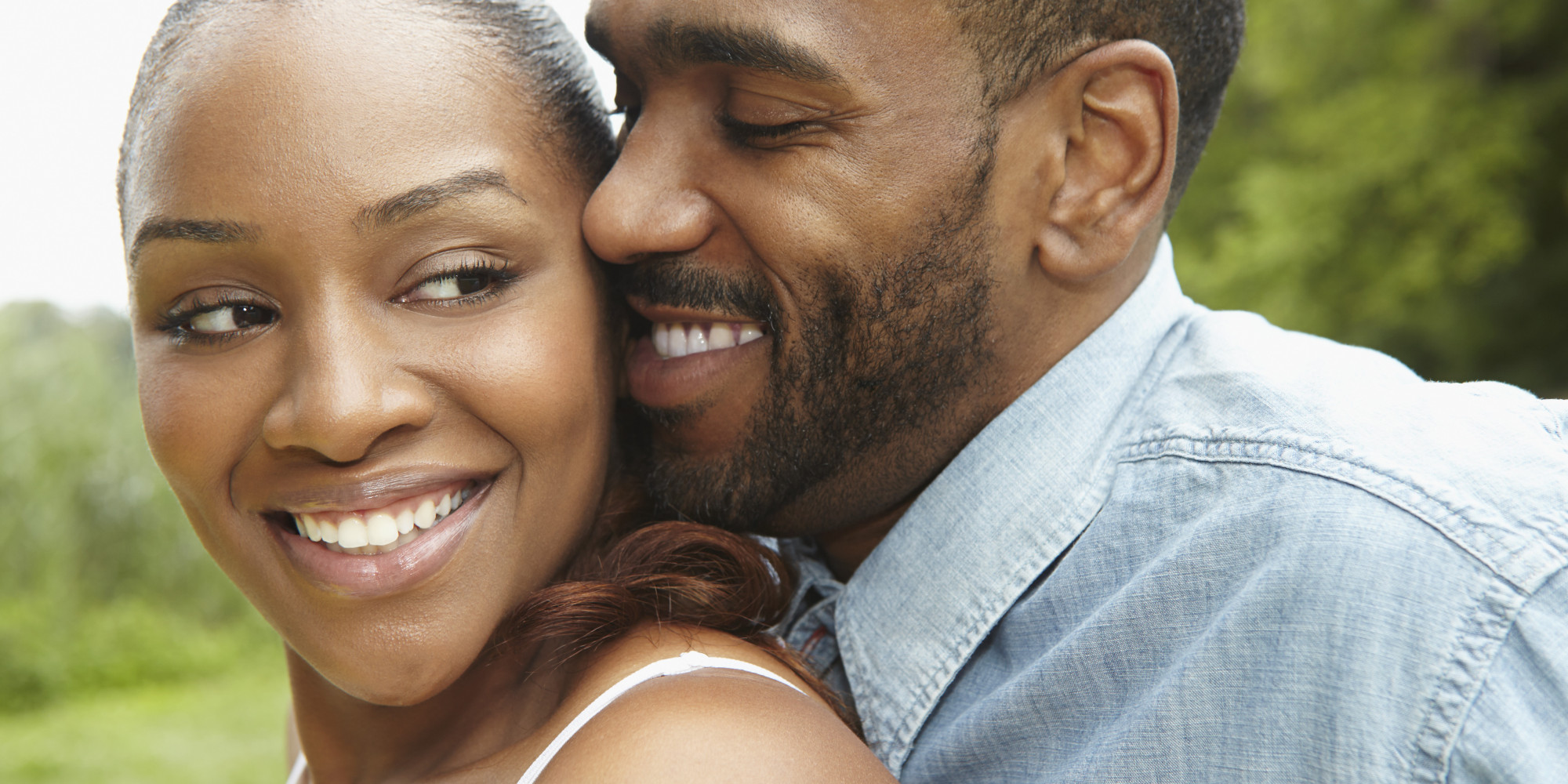 Dating An Older Woman: 27 Tips, Benefits, Pros And Cons